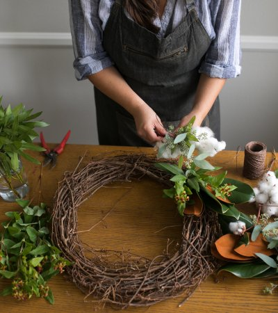 Twig & Vine Florals Christmas wreath workshop