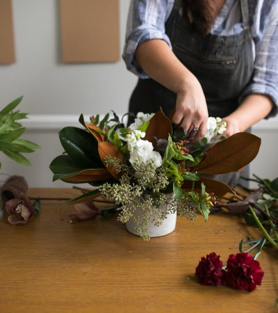 Twig & Vine Florals Christmas centerpiece workshop